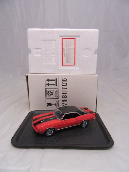 Franklin Mint Precision Model 1969 Chevrolet Camaro - 6