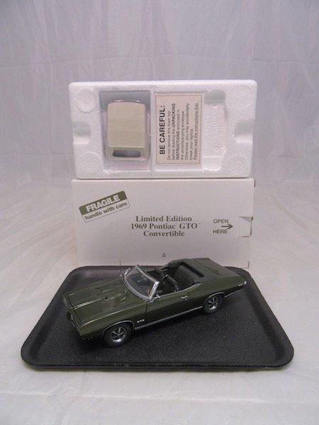 Danbury Mint Limited Edition 1969 Pontiac GTO - 4