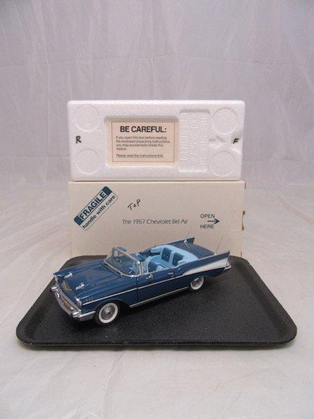 Danbury mint 1957 Chevrolet Bel Air - 4