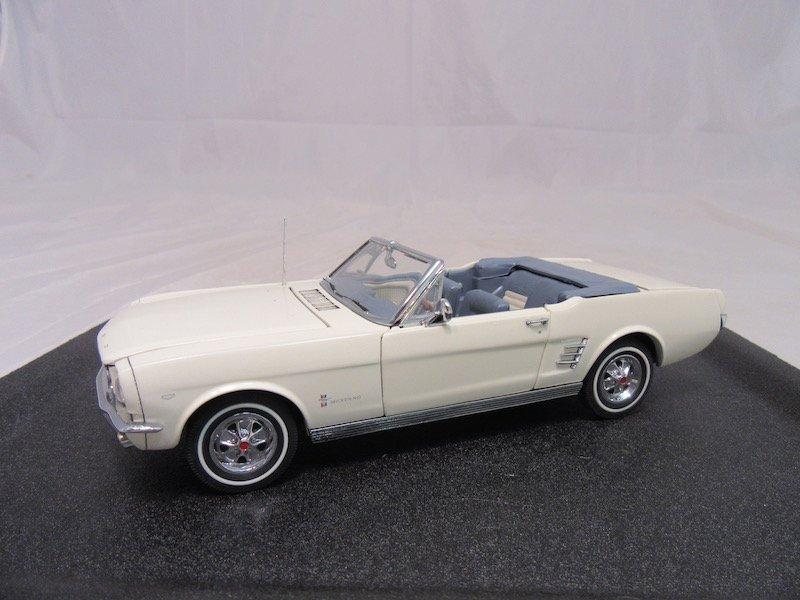 Danbury Mint 1966 Ford Mustang