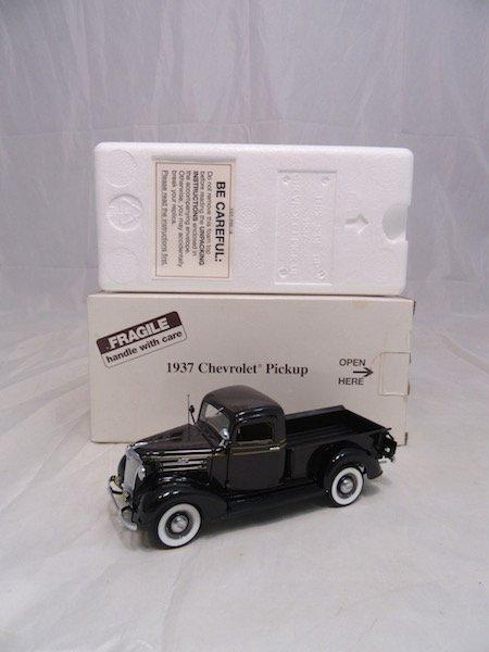 Danbury Mint 1937 Chevrolet Pickup - 4