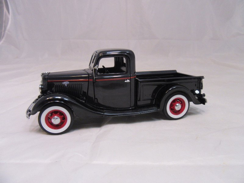 Danbury Mint 1935 Ford Pickup