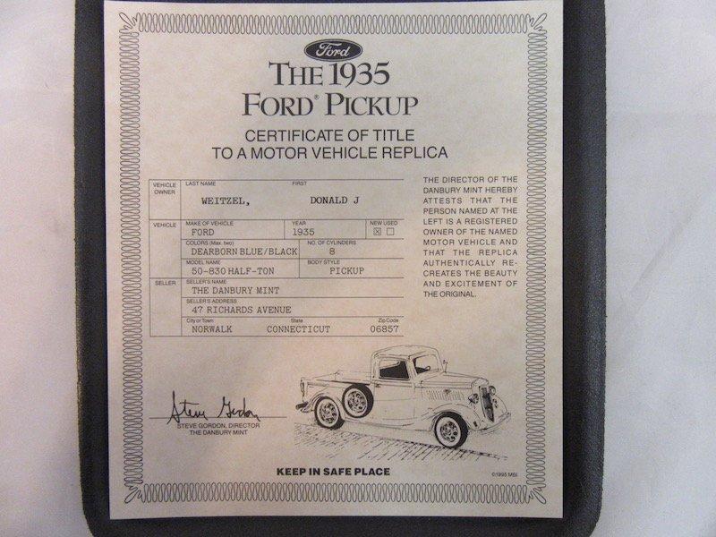 Danbury Mint 1935 Ford Pickup - 2