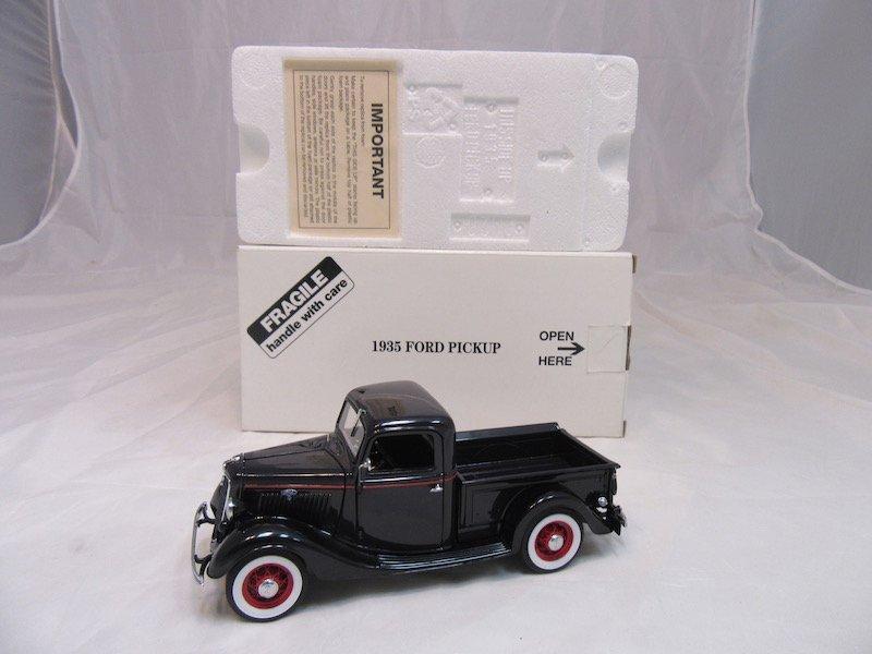 Danbury Mint 1935 Ford Pickup - 4