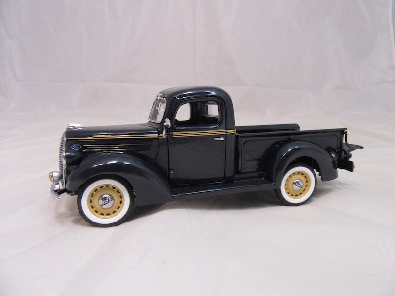 Danbury Mint 1938 Ford Pickup