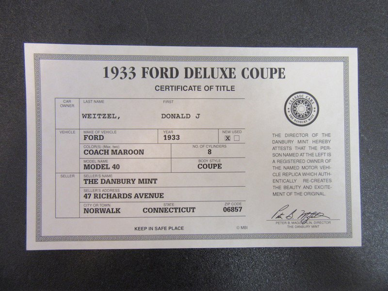 Danbury Mint 1933 Ford Deluxe Coupe - 2