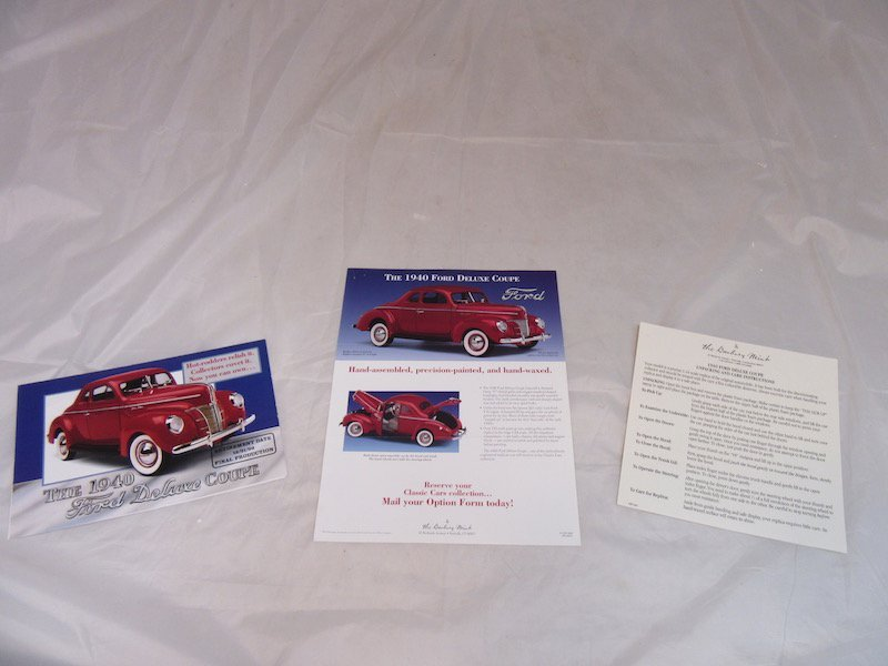Danbury Mint 1940 Ford Deluxe Coupe - 3