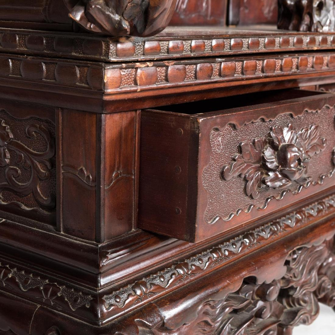 Heavily Carved Japanese Curio Cabinet - 6