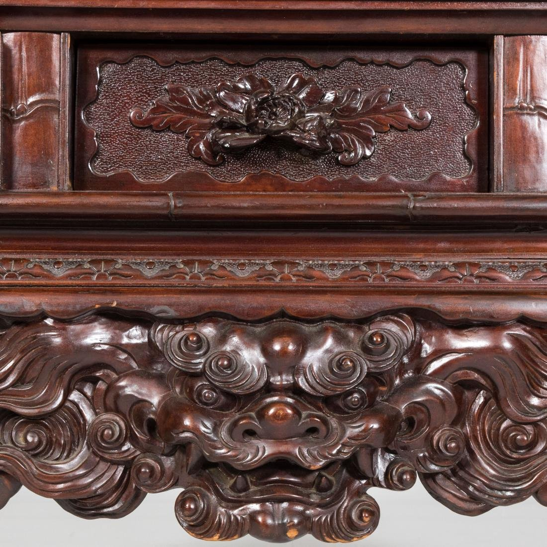 Heavily Carved Japanese Curio Cabinet - 8