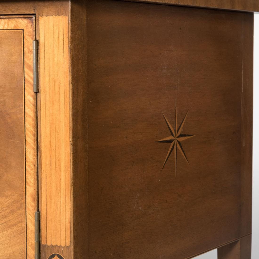 Inlaid Mahogany Colonial Williamsburg Sideboard - 6