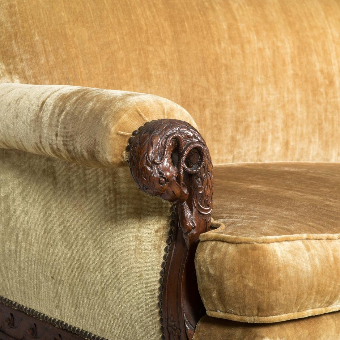 Heavily Carved Federal Style Sofa - 4