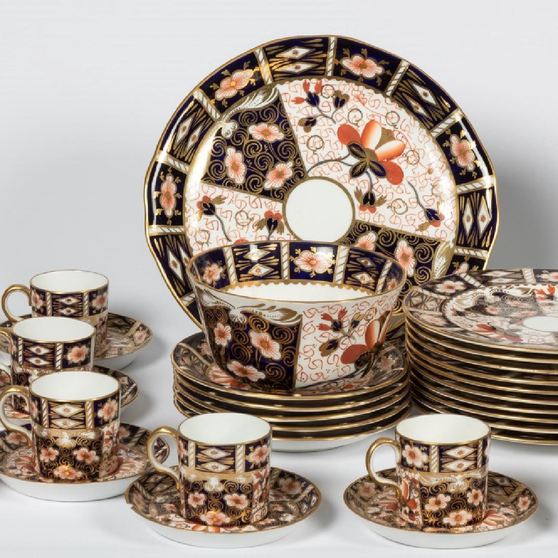 54 Piece Royal Crown Derby Old Imari Luncheon Set - 2