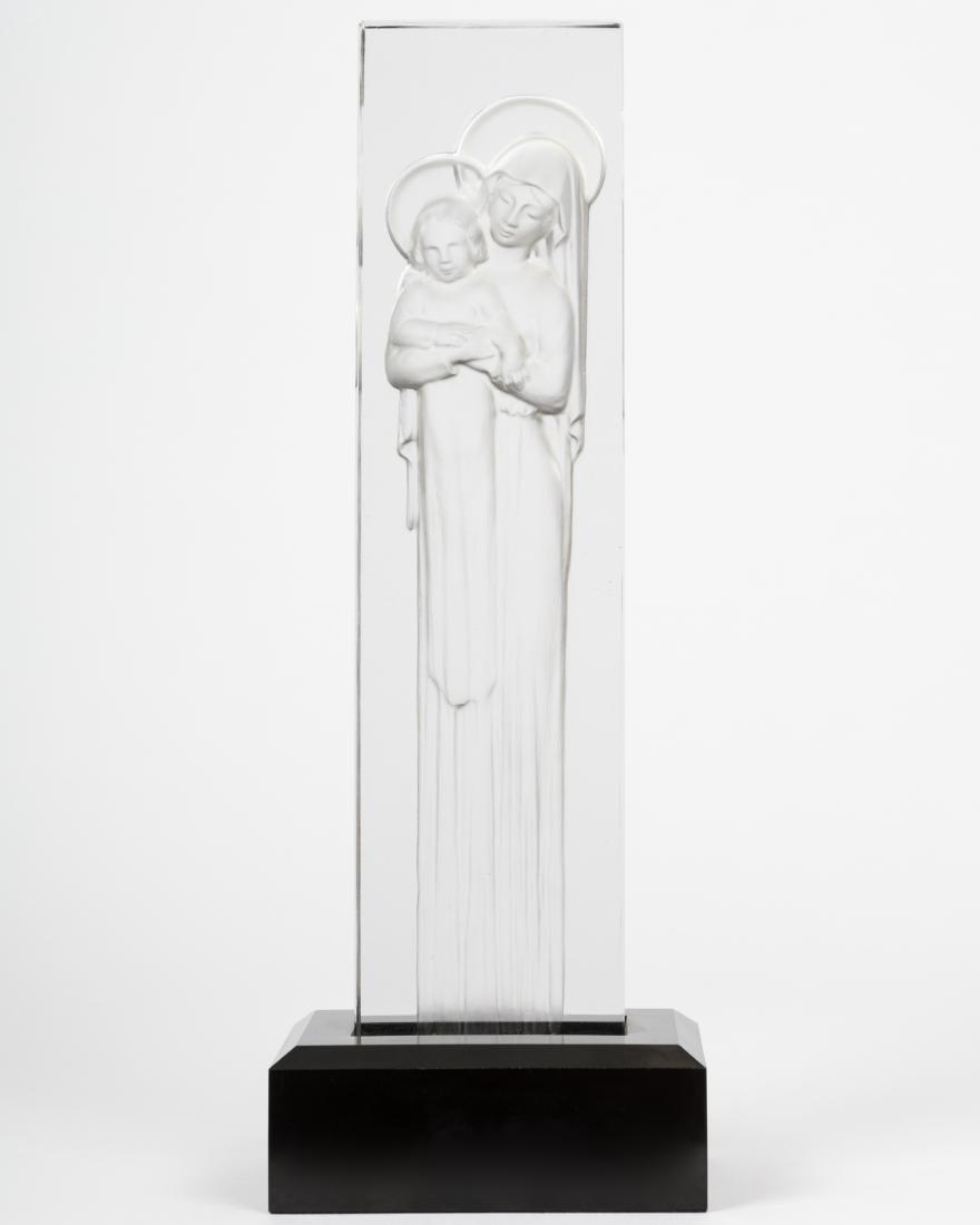 Lalique - Vierge a L'enfant Intaglio