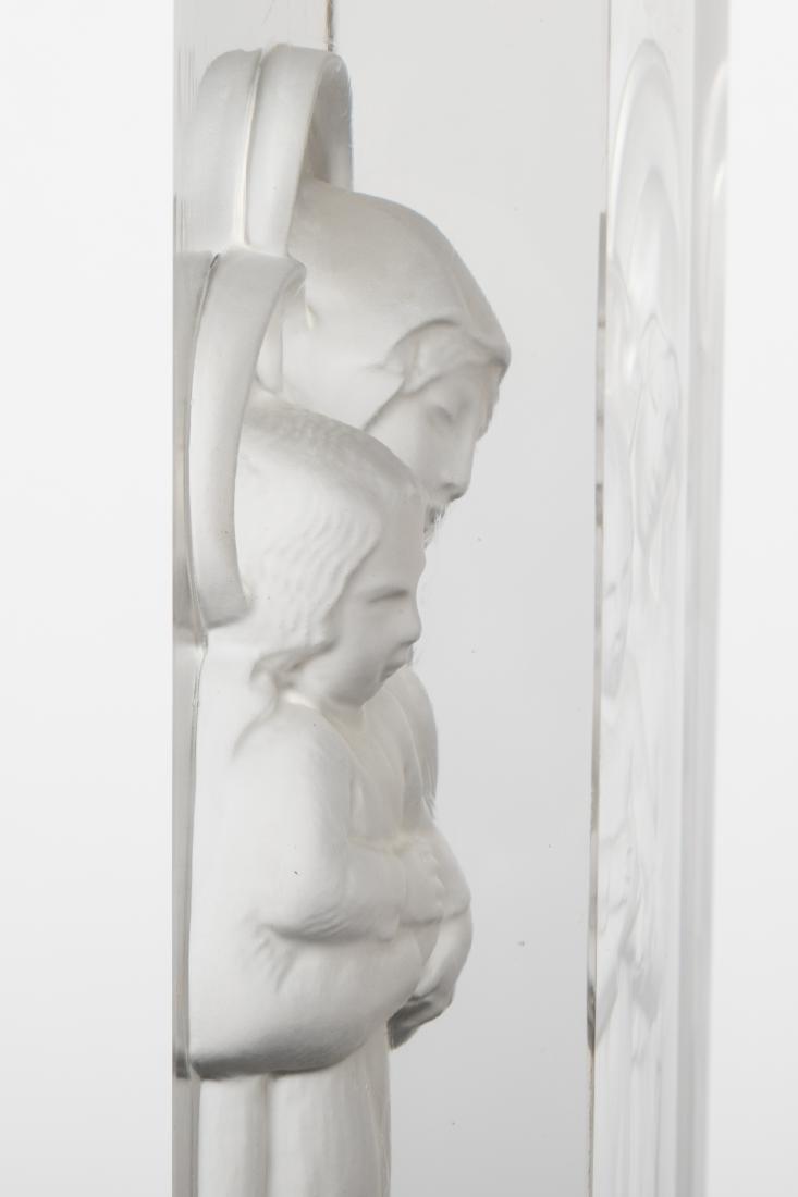 Lalique - Vierge a L'enfant Intaglio - 3