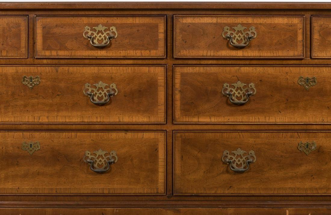 Henredon Banded Mahogany Dresser - 2