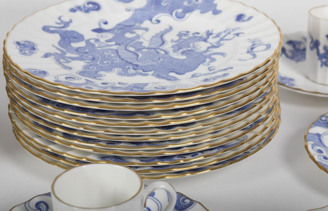 127 Piece Royal Worcester Dinner Set - 5