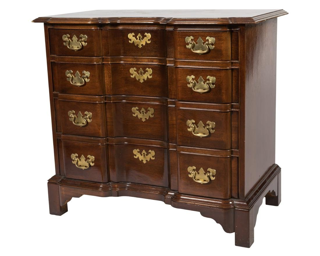 Block Front Mahogany Bachelor Chest
