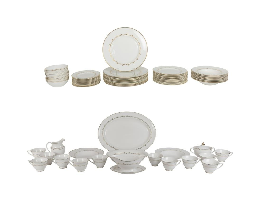 75 Piece Royal Doulton Rondo Dinner Set