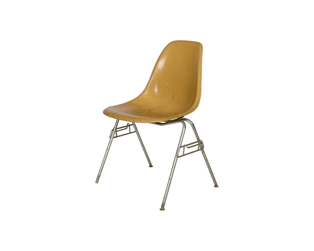 Charles Eames Fiberglass Side Chair