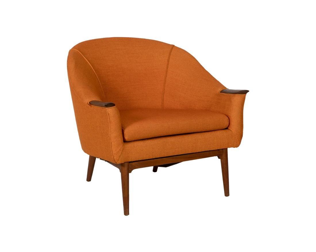 DUX Style Arm Chair
