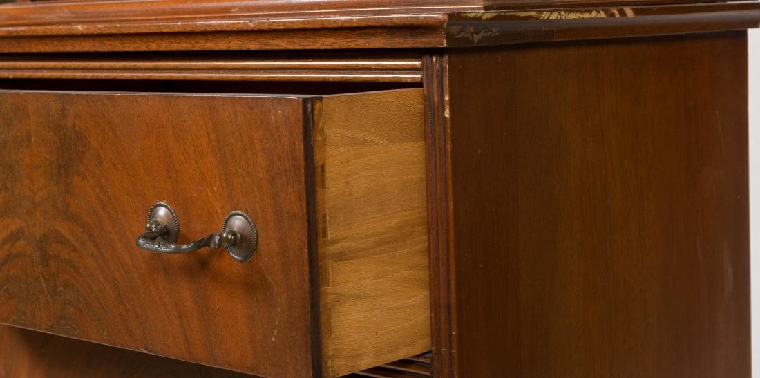 Chippendale Style Mahogany Bookcase - 3