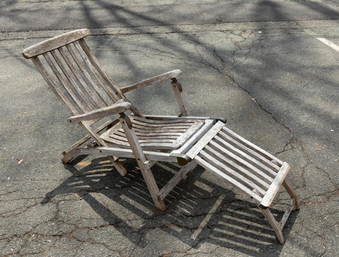 Folding Teak Chaise Lounge