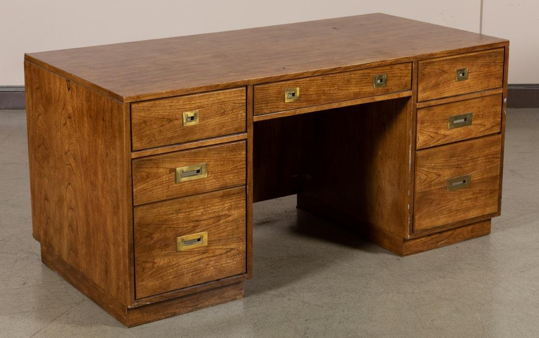 Stanley Campaign Style desk