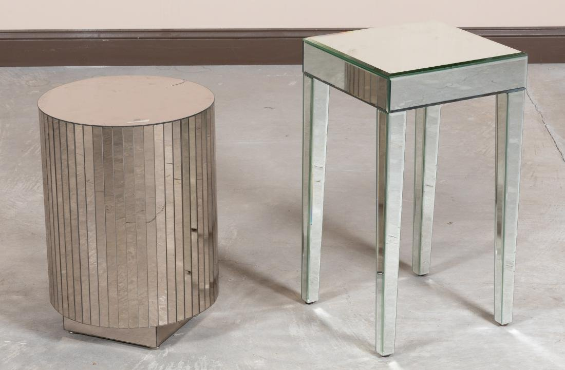 Mirrored Pedestal and Table