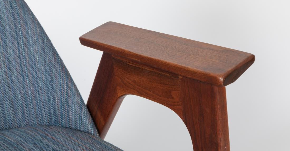 Pair of Lounge Chairs - Manner of Kofod Larsen - 5
