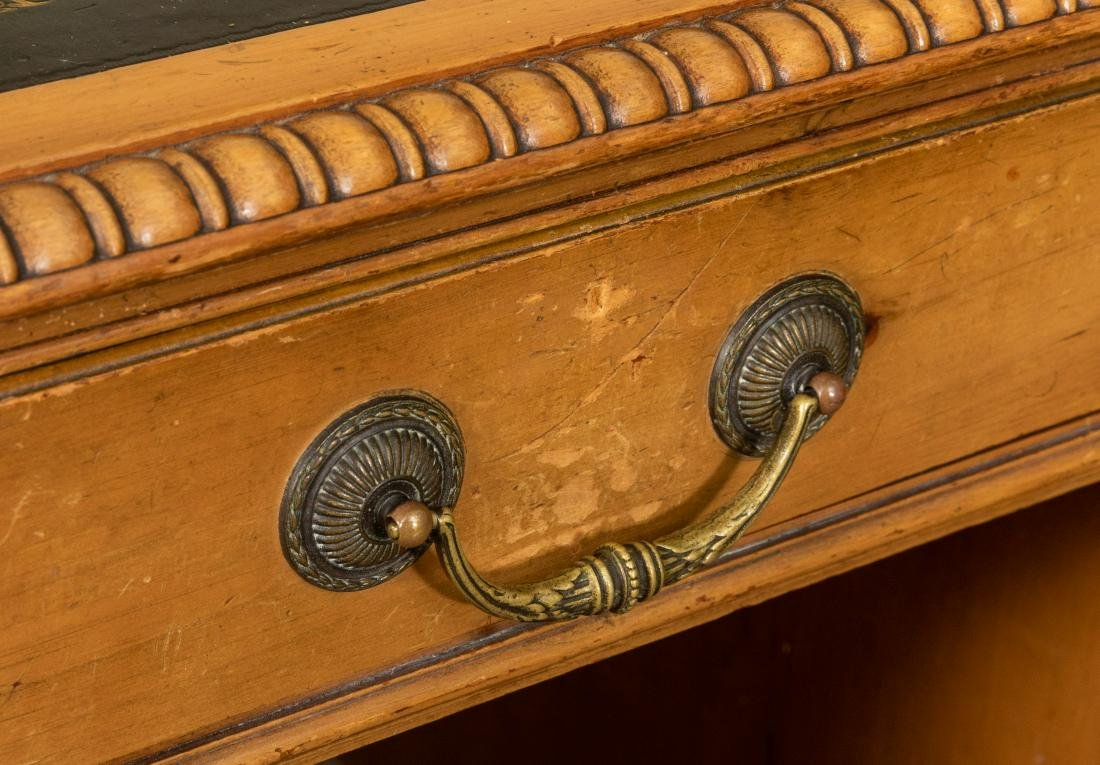 George III Style Leather Top Desk - 3