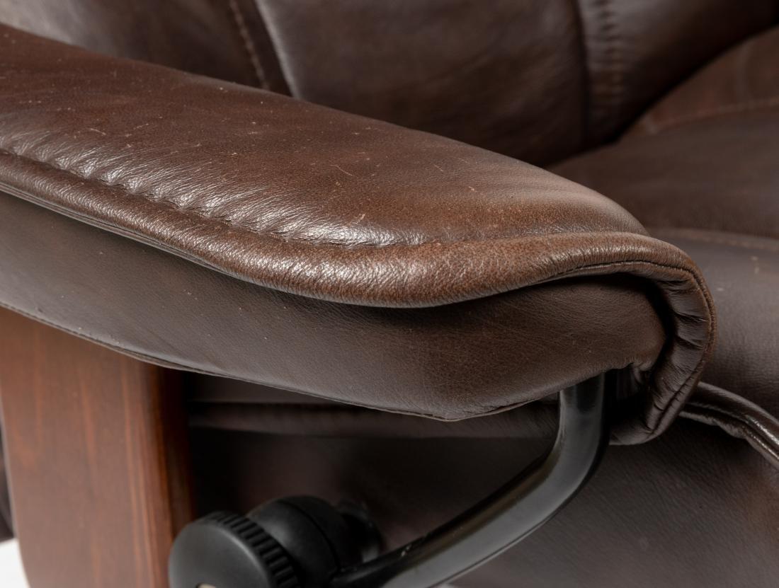 Ekornes - Stressless - Chair & Ottoman - 2