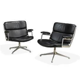 Charles & Ray Eames - Time-Life Lounge Chairs