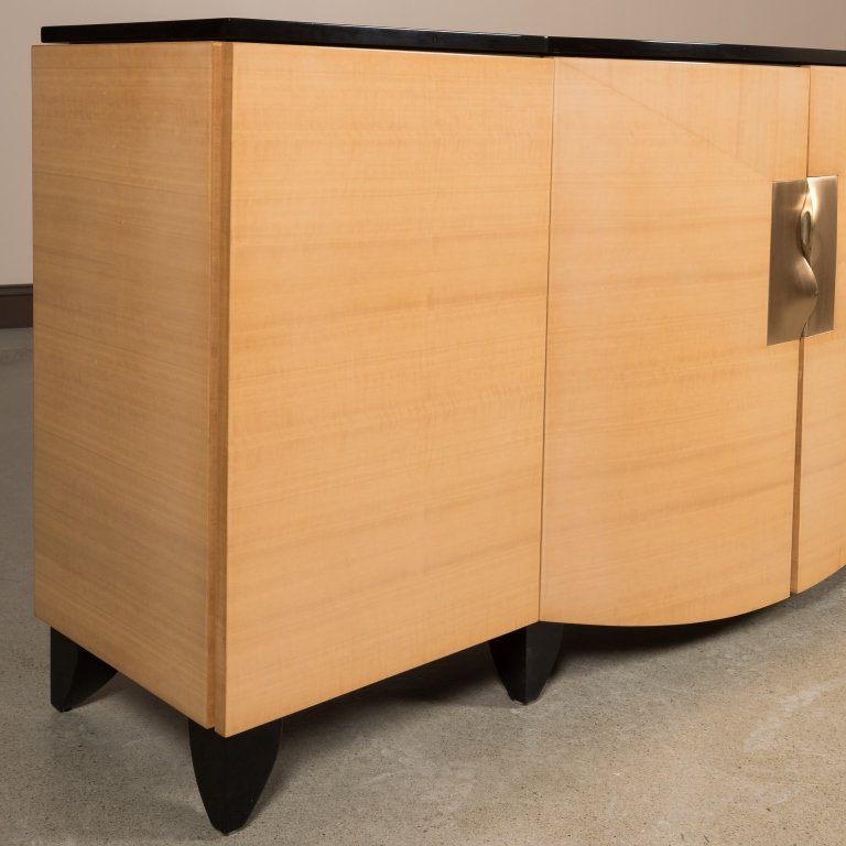Lacquered Maple Credenza with Brass Handles - 3