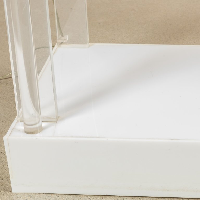 Lucite Lighted Glass Shelf Etagere - 4