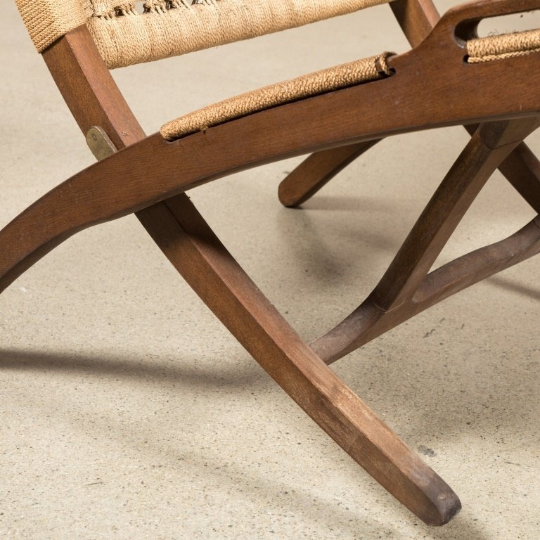 Pair Rope and Wood Folding Chairs - Hans Wegner - 3