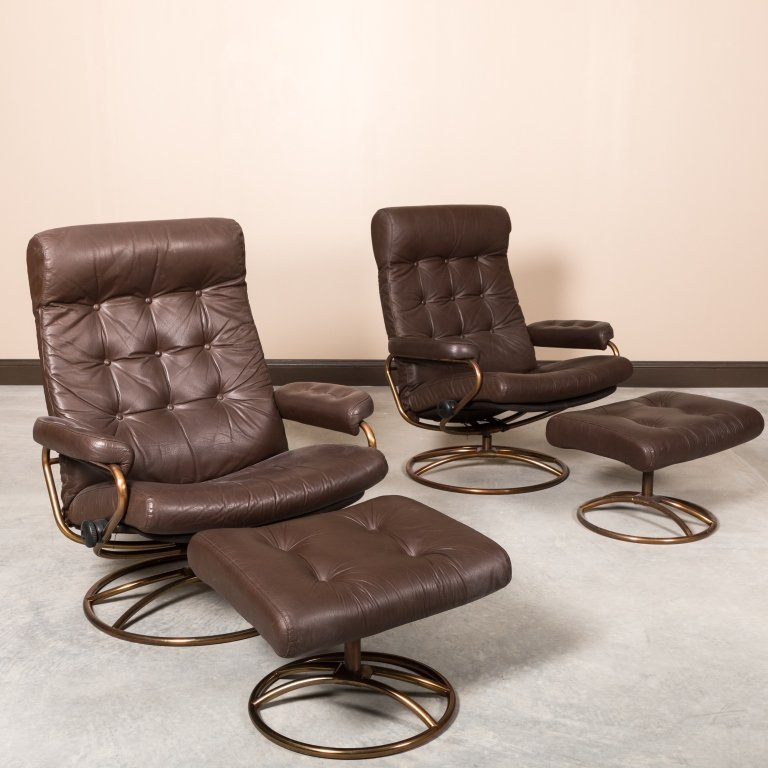 Pair of Ekorness Stressless Leather Recliners