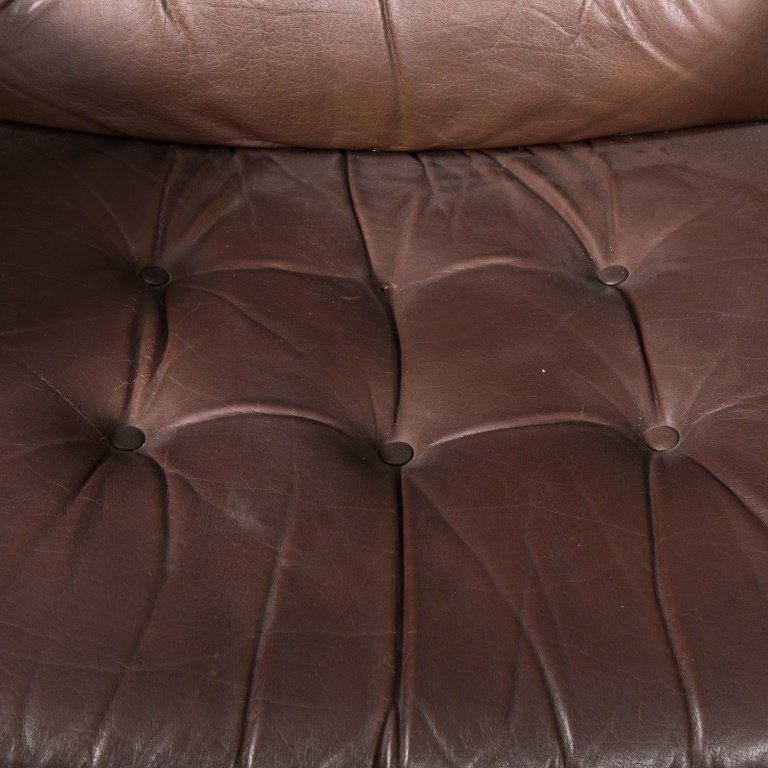 Pair of Ekorness Stressless Leather Recliners - 2
