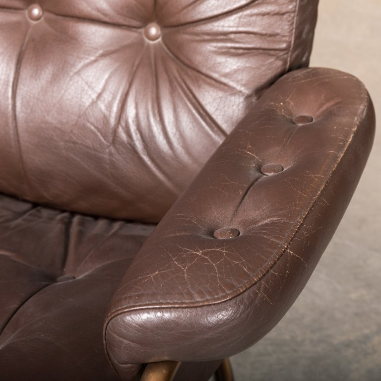 Pair of Ekorness Stressless Leather Recliners - 3