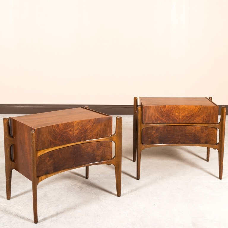 William Hinn Pair Concave Nightstands - Signed