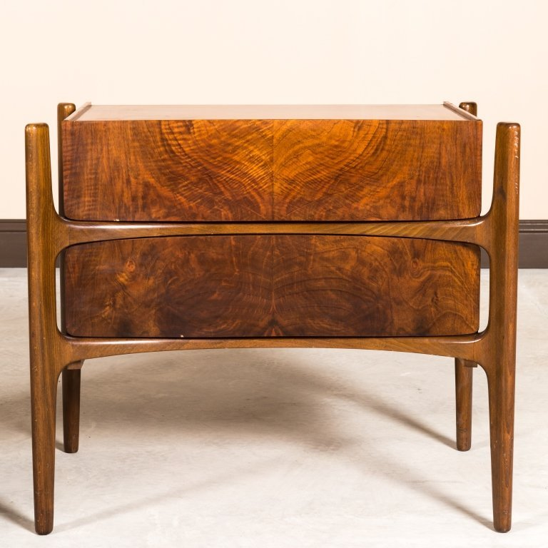 William Hinn Pair Concave Nightstands - Signed - 2