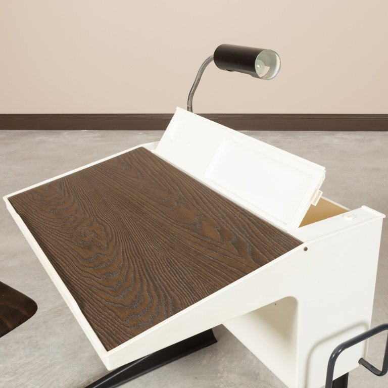 Luigi Colani For Flototto Germany Desk and Chair - 2
