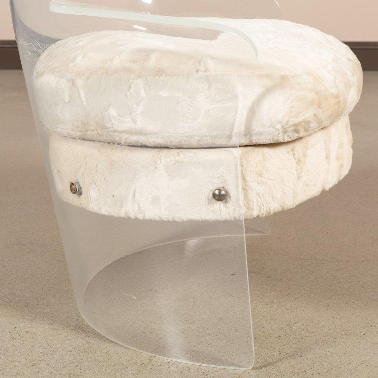 Mid Century Lucite Tub Chair - 4