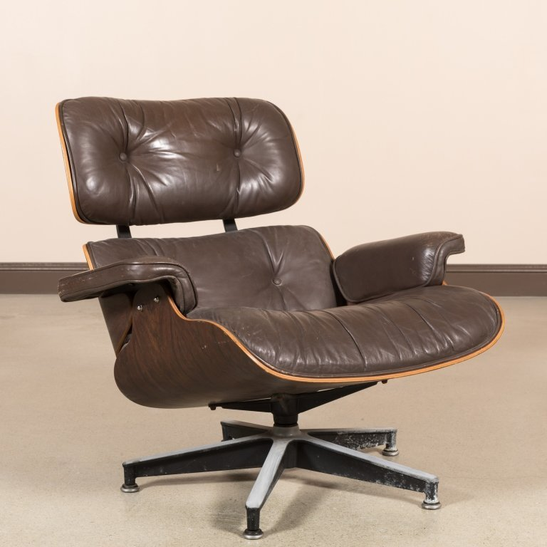 Eames Rosewood 670 Lounge Chair - Signed