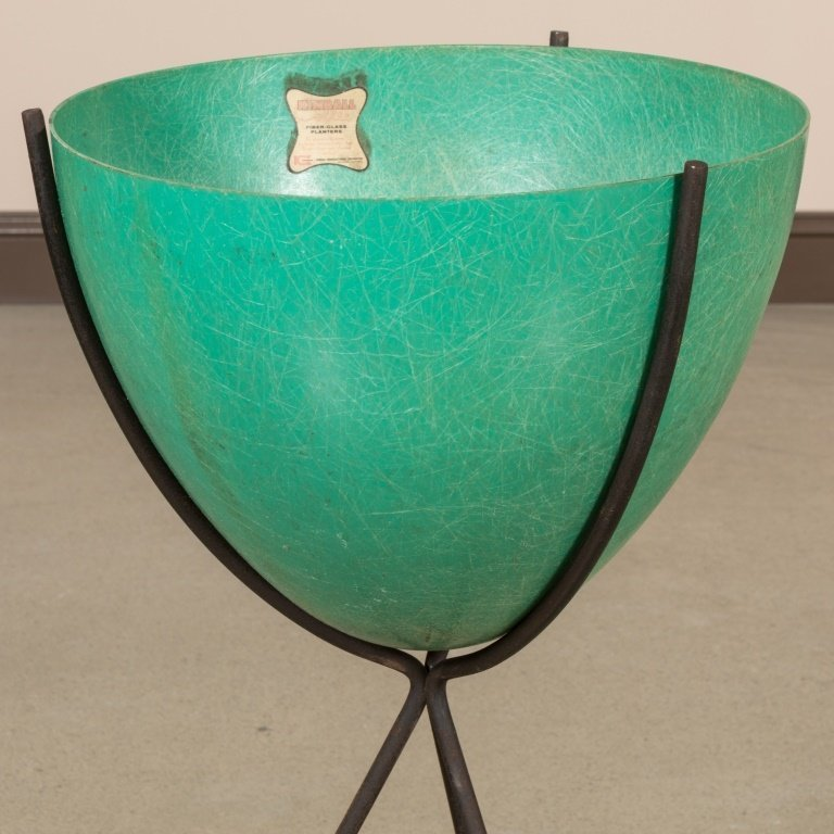 Mid Century Iron and Fiberglass Planter by Kimball - 2
