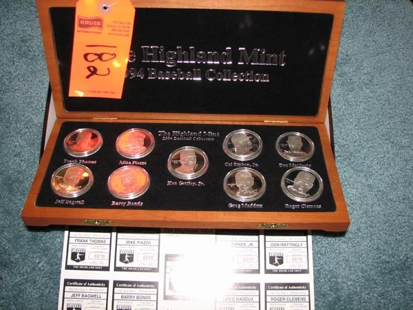 182: 1994 Baseball Medallion Set by Highland Mint in Wo