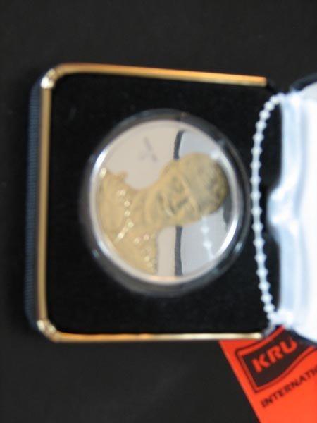 190: Bobby Orr Highland Mint One Troy Ounce  .999 Fine