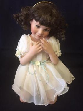 """Vintage Angel Hugs Doll """"Wings of Love"""" Georgrtown"""