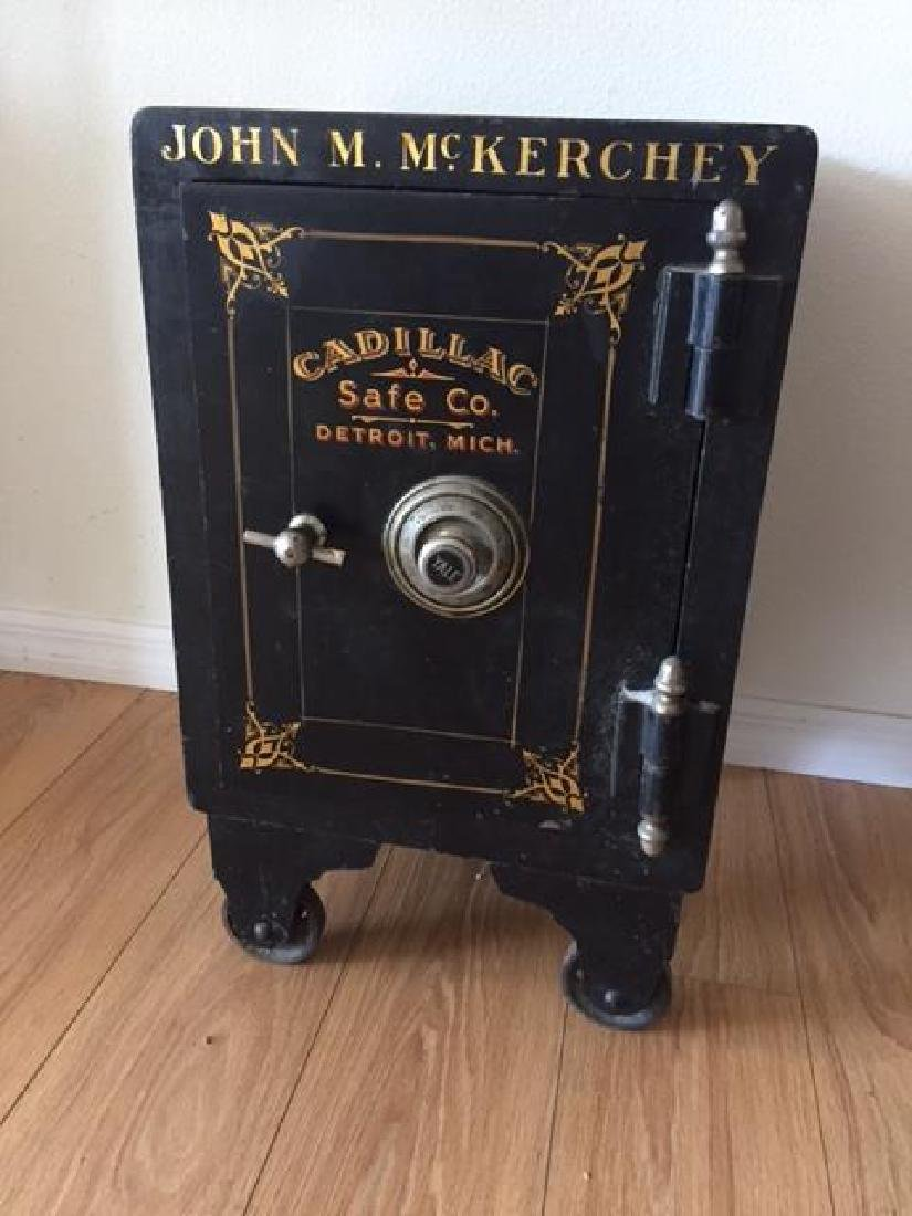Antique Safe Very Heavy Cadillac Safe Made in Detroit