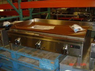 """16: NEW Anvil 37"""" Flat Top Griddle - natural gas"""