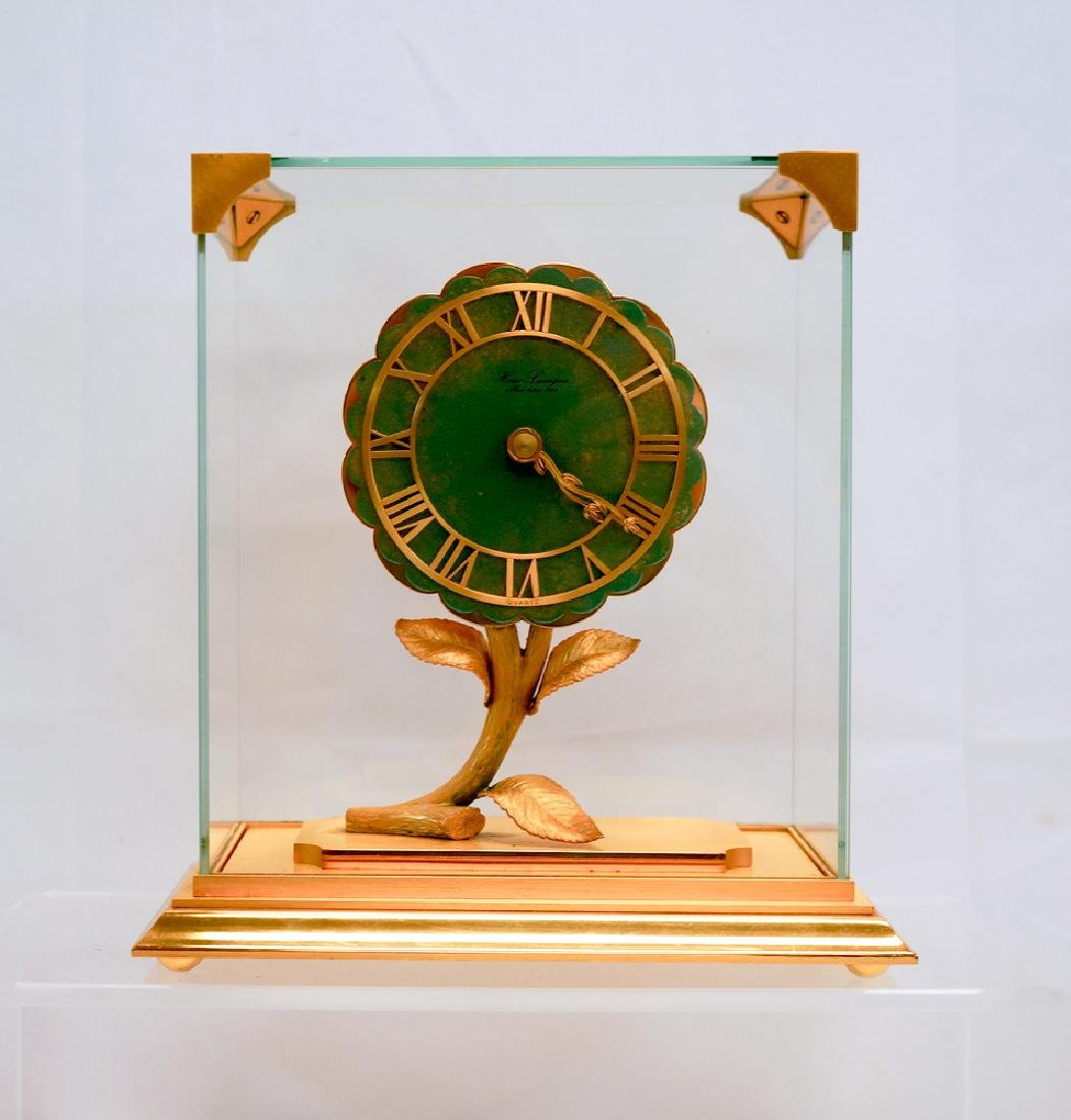 Hour Lavigne Floral Desk Clock